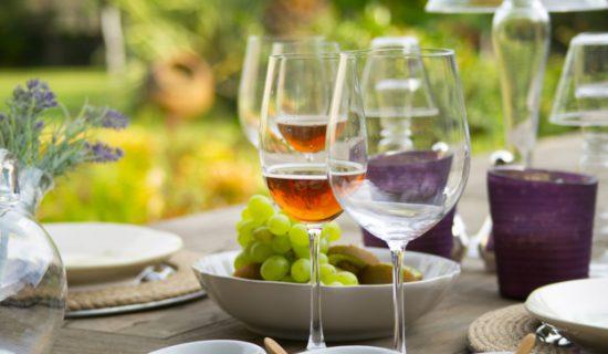 asztal, bor, szőlő
